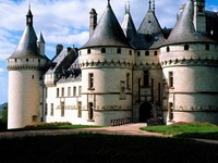 Chaumont_Castle,_France_resize.jpg