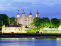 Tower_of_London,_England_resize.jpg
